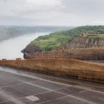 Itaipu Überlaufschutz